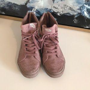 Vans Sk8-Hi purple sneakers